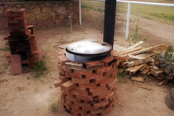 Печь для сжигания мусора | Можно ли сжигать мусор на своем участке