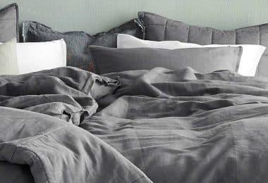 Как часто менять постельное белье: взрослым, новорожденным, пожилым