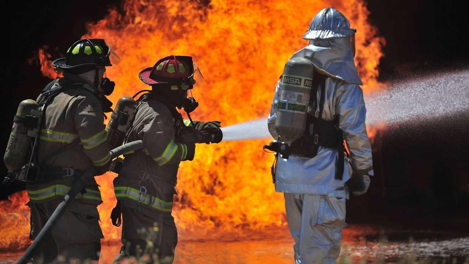 Порядок действий при возникновении пожара | Какие сведения необходимо сообщать в пожарную охрану