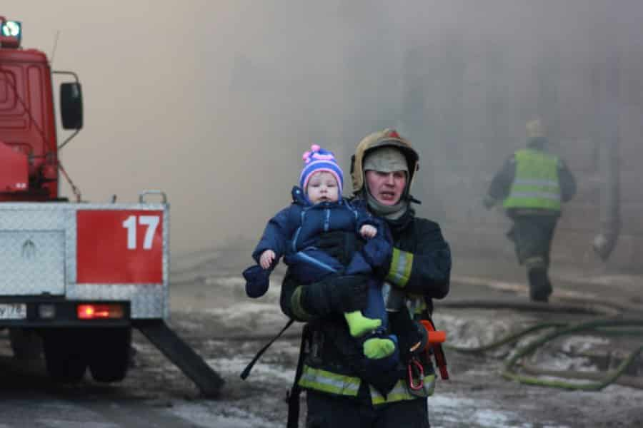 Действия при эвакуации при пожаре | Какие сведения необходимо сообщать в пожарную охрану