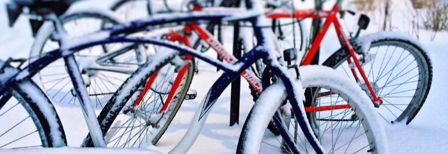Как хранить велосипед зимой: на балконе, в гараже, в квартире