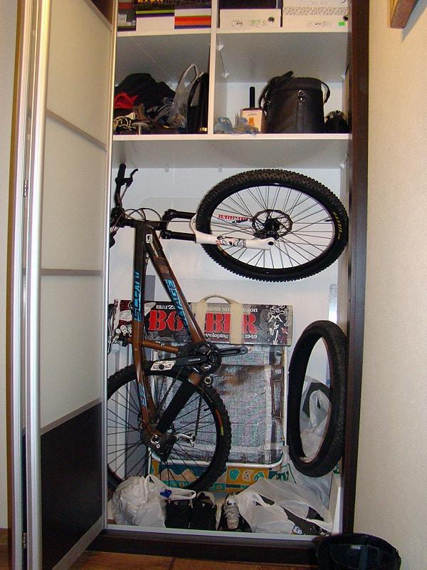 Лучшие места для хранения велосипедов | Как хранить велосипед зимой: на балконе, в гараже, в квартире