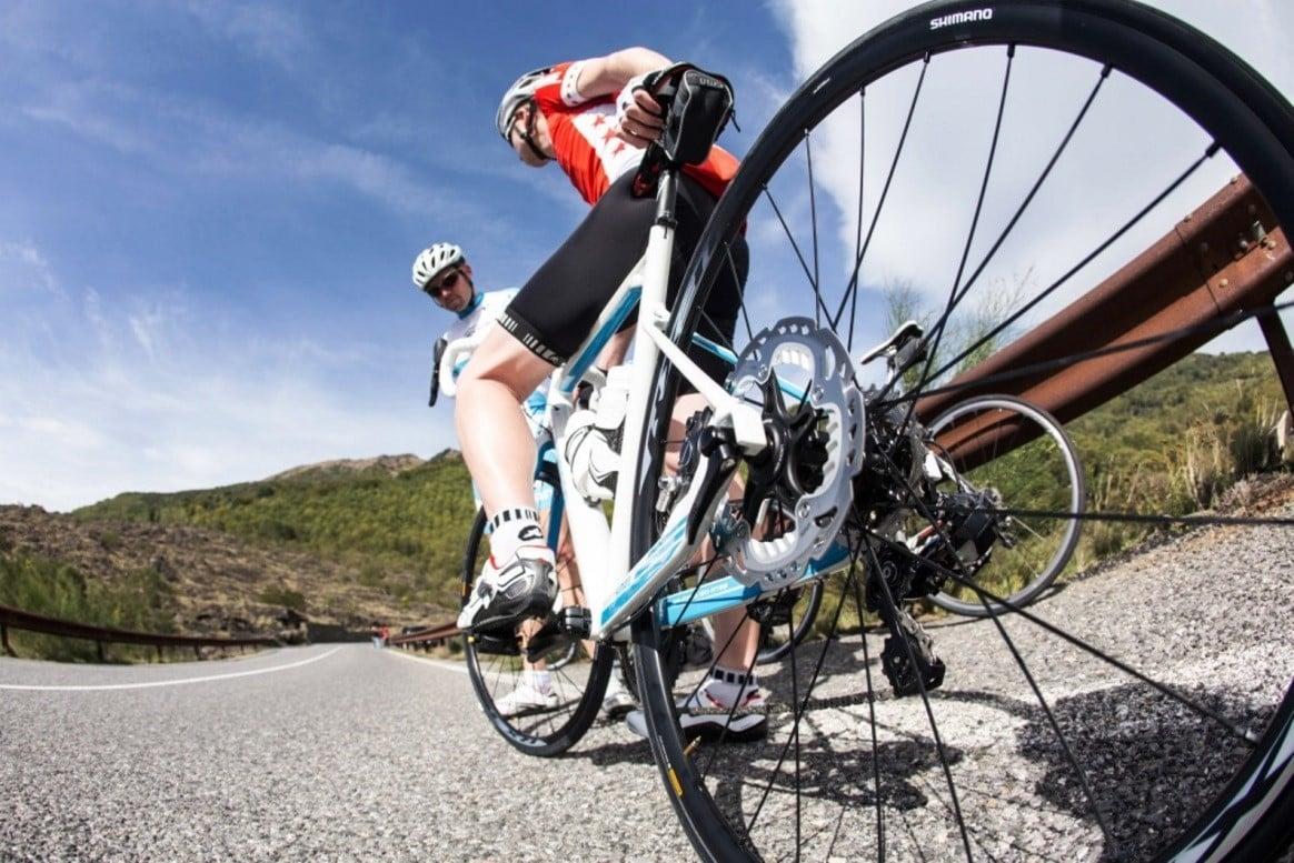 Частота подкачивания велосипедных шин | Как накачать колесо велосипеда без насоса