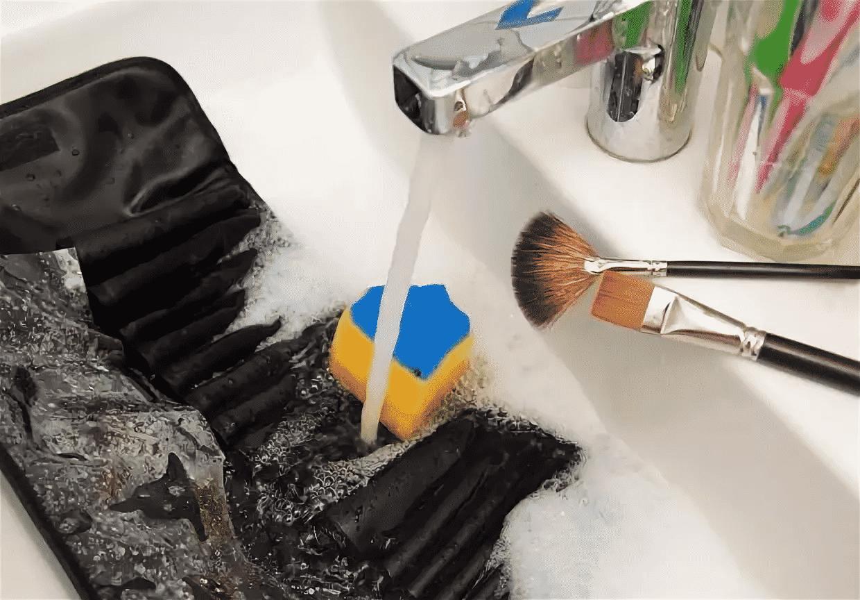 Как хранить кисти и спонжи для макияжа | Как мыть кисти для макияжа в домашних условиях