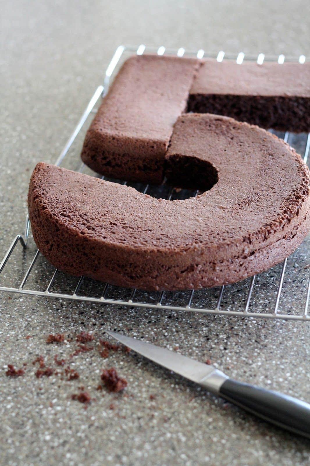 Как сделать цифру 5 из бисквита