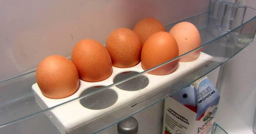 Рекомендации для хозяек | Как отделить желток яйца от белка: более 15 способов и приспособлений