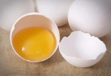 Как отделить желток яйца от белка: более 15 способов и приспособлений + фото и видео
